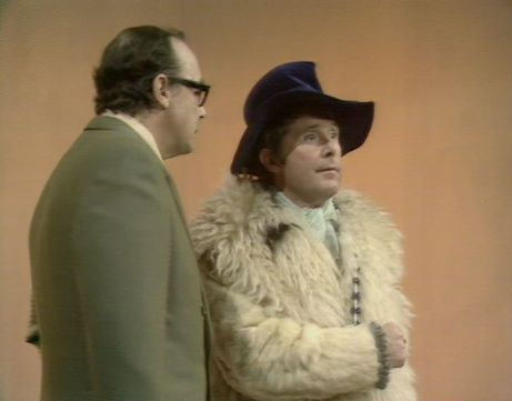 Eric doesn't dig Ern's coat