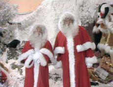 Stereo Santas