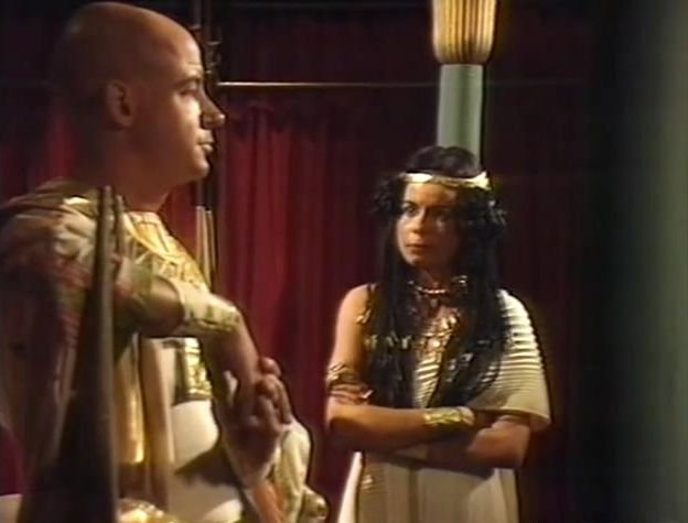 cleopatras 03.jpg