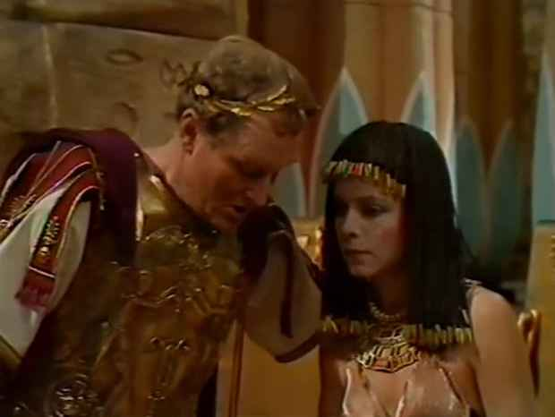 cleopatras 06