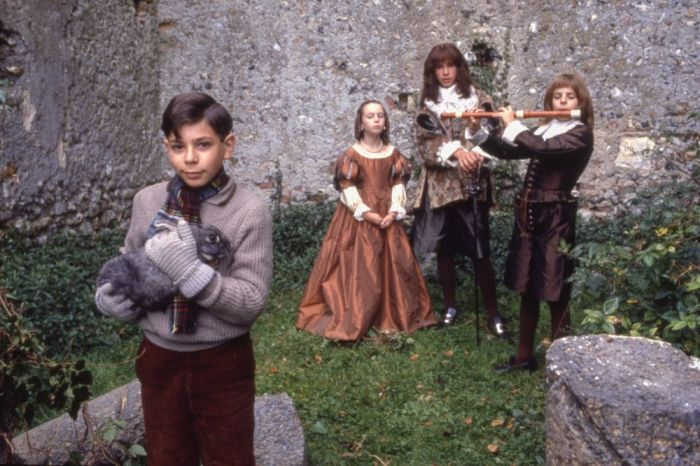 HILDREN OF GREEN KNOWE, THE (1986)