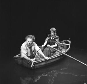 Julian Somers & Rachel Roberts