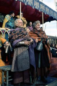 Peter Dyneley & Inigo Jackson (front). Roger Bizley & Frances de Wolff (back)