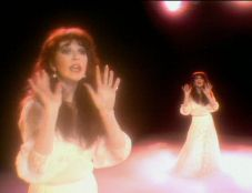 totp05 - kate bush